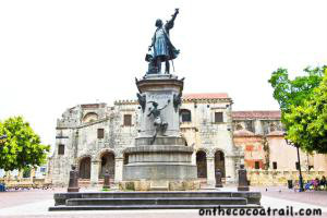 Plaza Colon, Santo Domingo